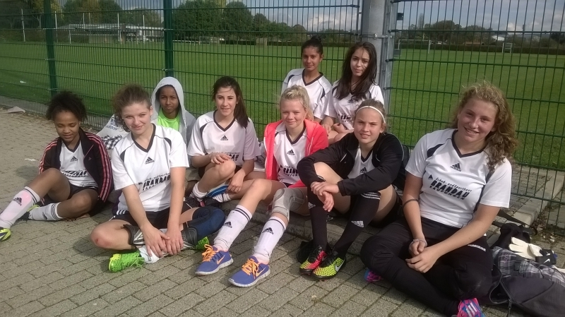 Mädchenfußball_2014